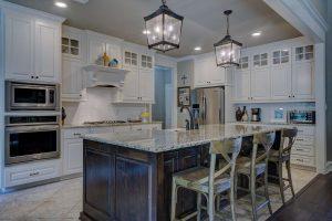comptoirs de cuisine en de pierre naturelle ou en granit