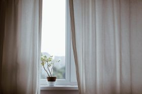 Économiser sur les rideaux